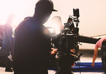 Advantages of Hiring a One Person Video Crew